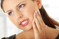 Боль в челюсти при гайморите