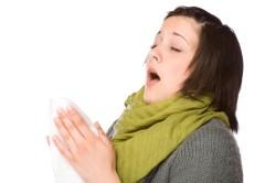 Чихание - симптом синусита