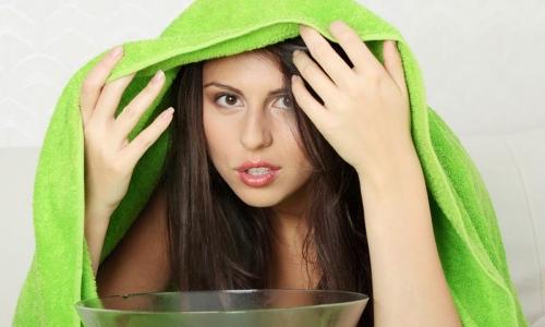 Паровые ингаляции для лечения насморка в домашних условиях